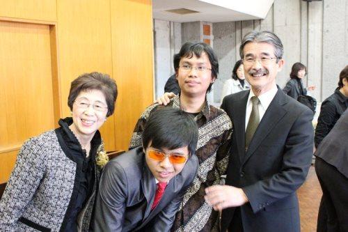 Pengalaman pertama pangkas rambut di Jepang : Bulan Maret 2011