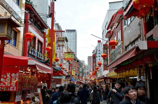 Berkeliling Kobe Murah dengan Naik Bus Kobe Chinatown