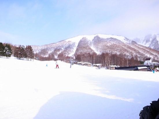 Bermain ski di Rusutsu Hokkaido