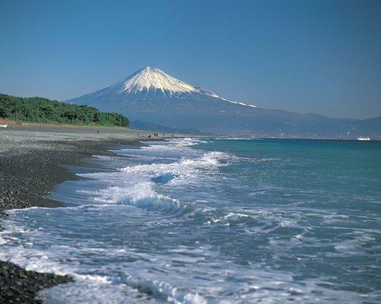 Gunung Fuji dari Pantai Miho Matsubara