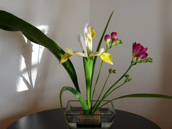 Ikebana Seni Merangkai Bunga khas Jepang