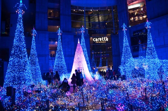 Iluminasi Musim Dingin di Caretta Shimbashi Shiodome