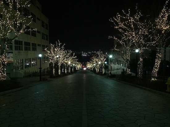 Iluminasi musim dingin di Motomachi Hakodate