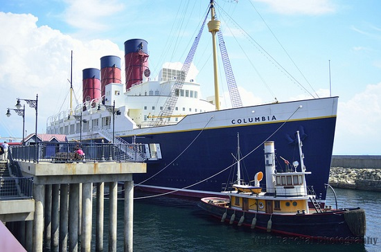 Kapal SS Columbia di America Waterfront