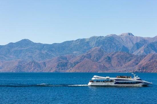 Kapal wisata di Danau Chuzenji Tochigi