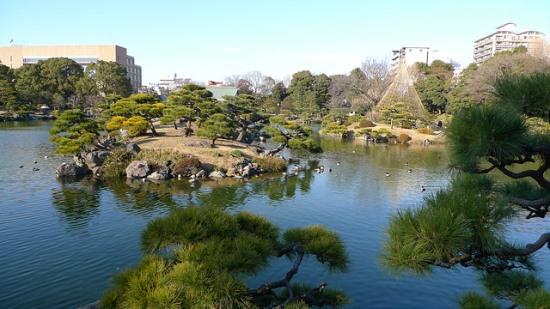 Keindahan Kiyosumi Garden di Tokyo