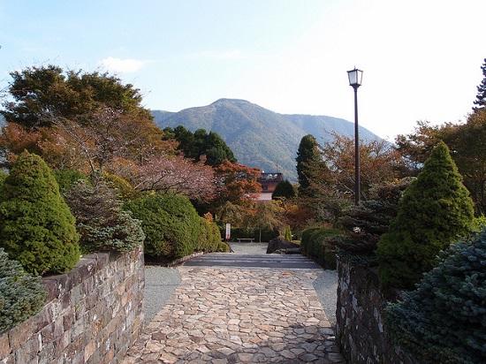 Keindahan Taman Gora di Hakone