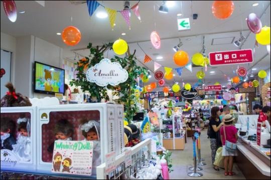 Kiddy Land Omotesando Harajuku: Area mainan dan boneka