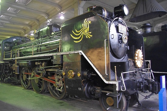 Koleksi Kereta Uap di Museum Kereta Kyoto
