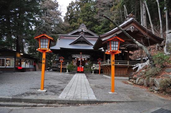 Kompleks Kuil Arakura Sengen dekat Pagoda Chureito