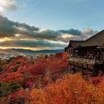 Kuil Kiyomizudera Musim Gugur