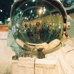Lihat baju astronot di Museum Sains Osaka