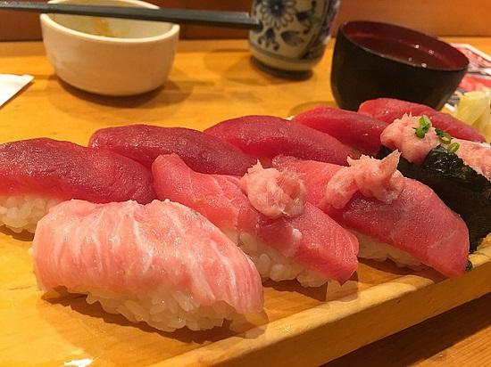 Makan Siang Murah di Tokyo Itamae Sushi