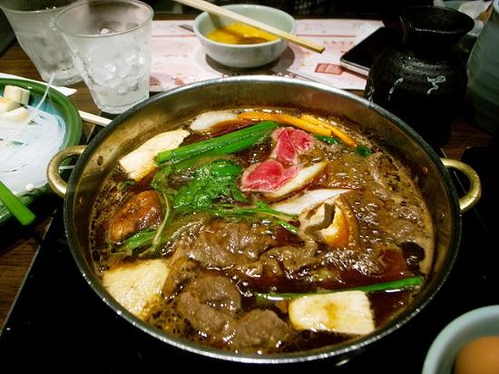 Makan Siang Murah di Tokyo Nabezo