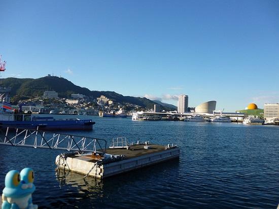 Memandang laut dari Nagasaki Seaside Park