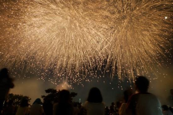 Menikmati Festival Kembang Api Adachi