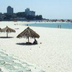 Pasir putih pantai Shirahama di Wakayama
