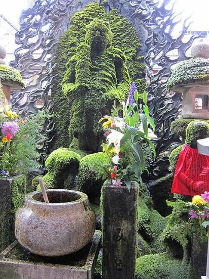 Patung Fudo di Kuil Hozenji