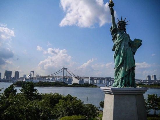 Patung liberty di Odaiba
