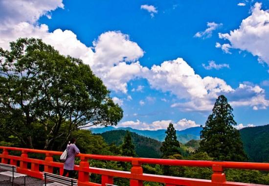 Pemandangan musim panas dari Kuil Kurama