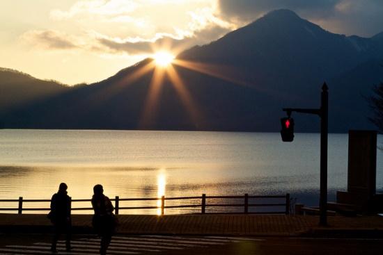 Pemandangan sore hari di Danau Chuzenji