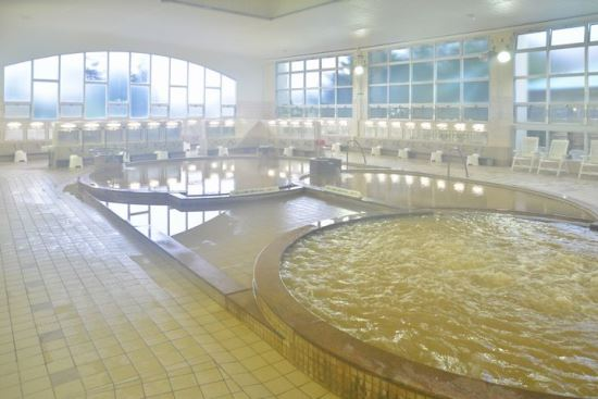 Pemandian air panas indoor Yachigashira Onsen