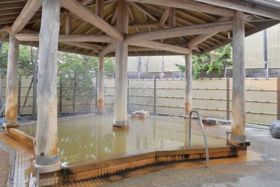 Pemandian air panas outdoor Yachigashira Onsen
