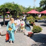 Pemandian air panas untuk kaki di Oedo Onsen Monogatari