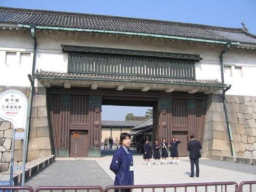 Pintu masuk Istana Nijo Kyoto