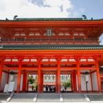 Pintu masuk Kuil Heian Jingu