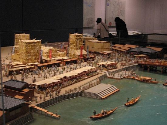 Presentasi kapal yang ada di Museum Edo Tokyo