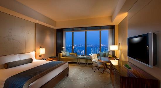 Rekomendasi hotel saat honeymoon di Jepang Conrad Tokyo