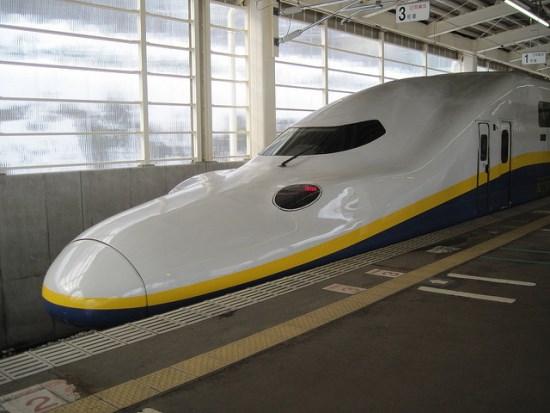 Shinkansen Max Tanigawa menuju Gala Yuzawa Resort