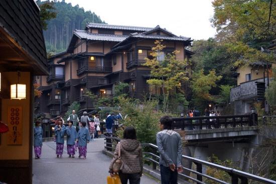 Suasana Kurokawa Onsen di Yufuin