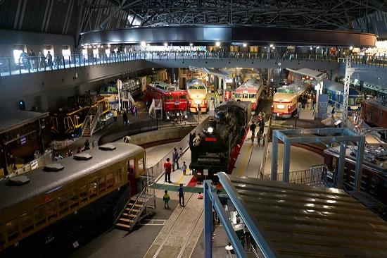 Suasana di dalam Museum Kereta Saitama