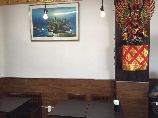 Suasana di dalam Restoran Bintang Bali