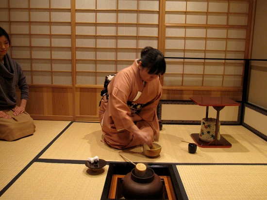 Suasana saat Upacara Minum Teh Jepang berlangsung