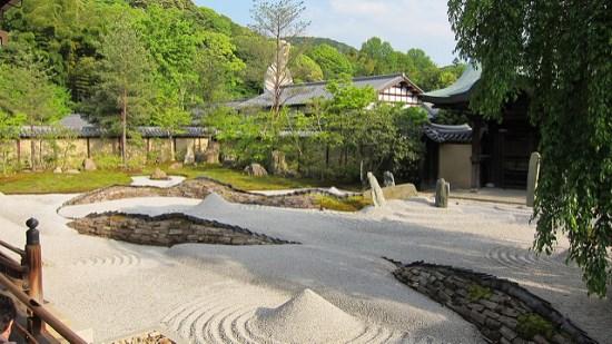 Taman batu di Kuil Kodaiji Kyoto