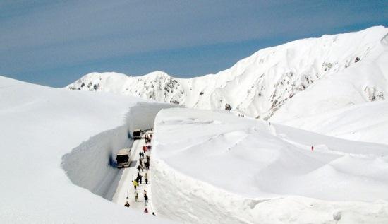 Wisata di Toyama Tateyama Kurobe Alpine Route