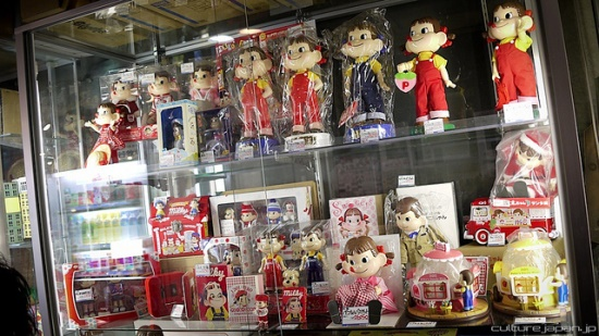 Toko mainan Mandarake di Nagano Tokyo