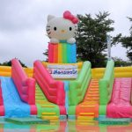 Wahana permainan hello kitty di Seibu Amusement Park
