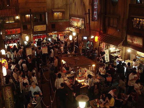 suasana di dalam museum ramen shin yokohama